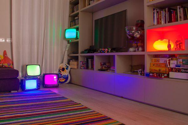 Veta light, installazione lampade design artigianale presso casa privata a Modena.